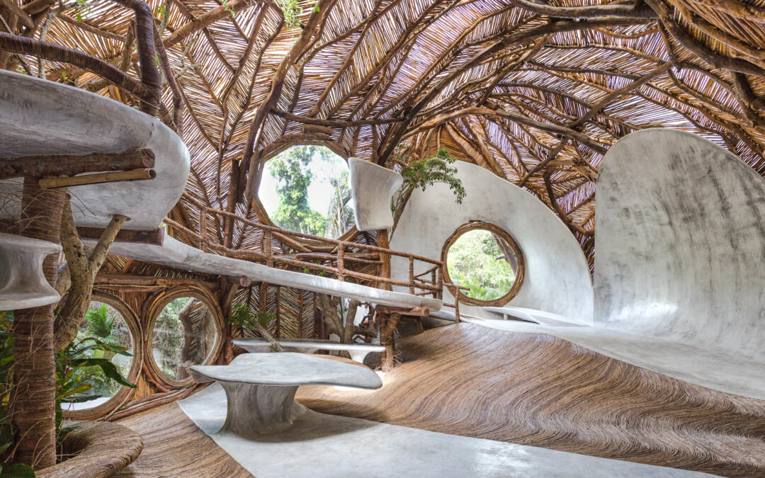 "An Environmentally Conscious ""Treehouse Art Gallery"" in Tulum, Yucatan"