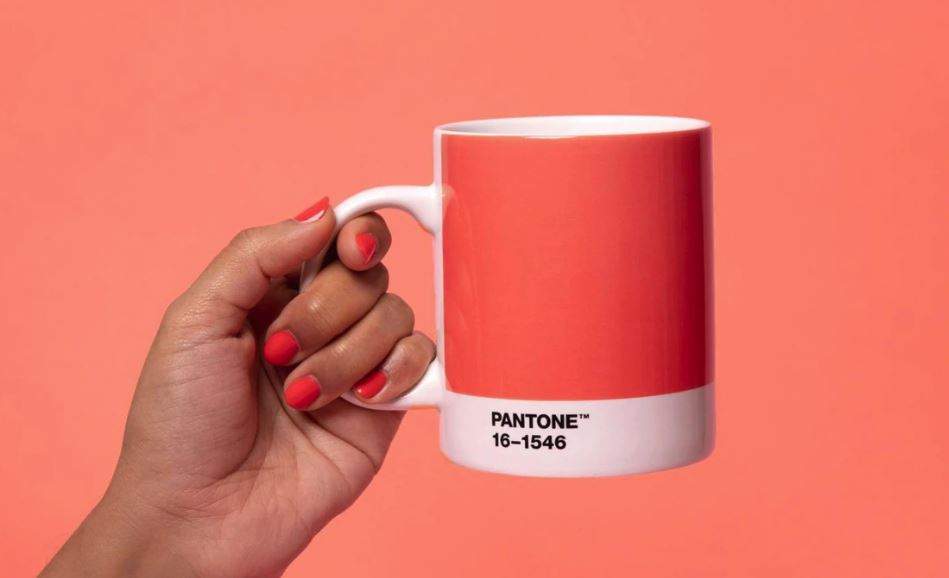 Cup with Pantone 2019 Colour of the year