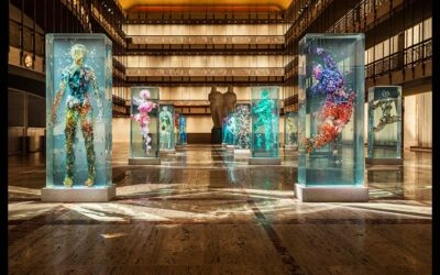 "Art, Glass and Motion: ""Psychoreographies"" by Dustin Yellin"